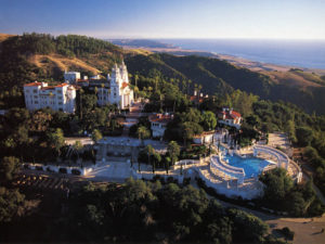 Hearst Castle, with a view of the Pacific Ocean - San Simeon, California (Wikipedia Commons)